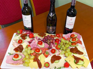 Belegte-Schnitten-und-Weine-Vin-o-Vin-Partyservice